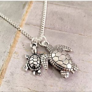 Jewelry - Adorable Mother w/ Child Turtle 🐢 Charms Necklace